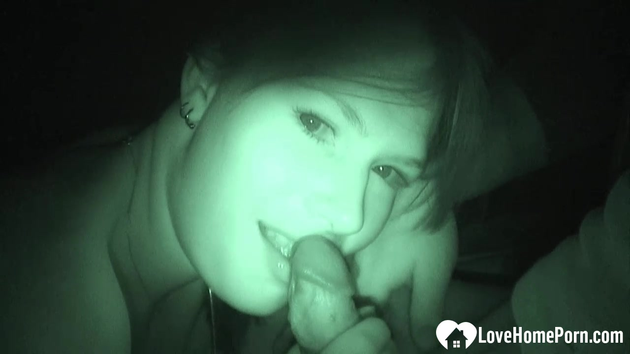 Night cam captured a beauty blowing a knob
