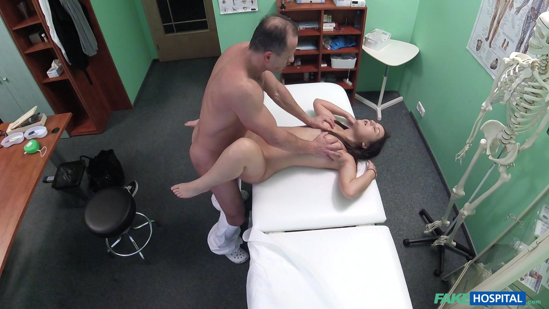 Doctor check younger babe with his huge dong
