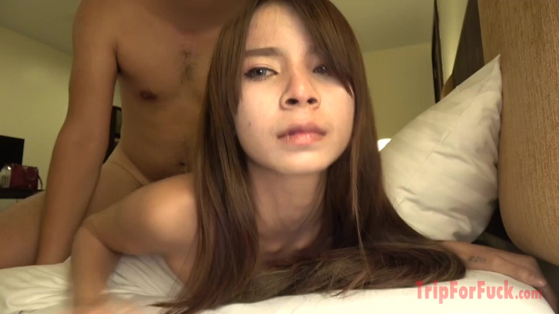 Skinny Thai slut enjoys cock riding in hotel room