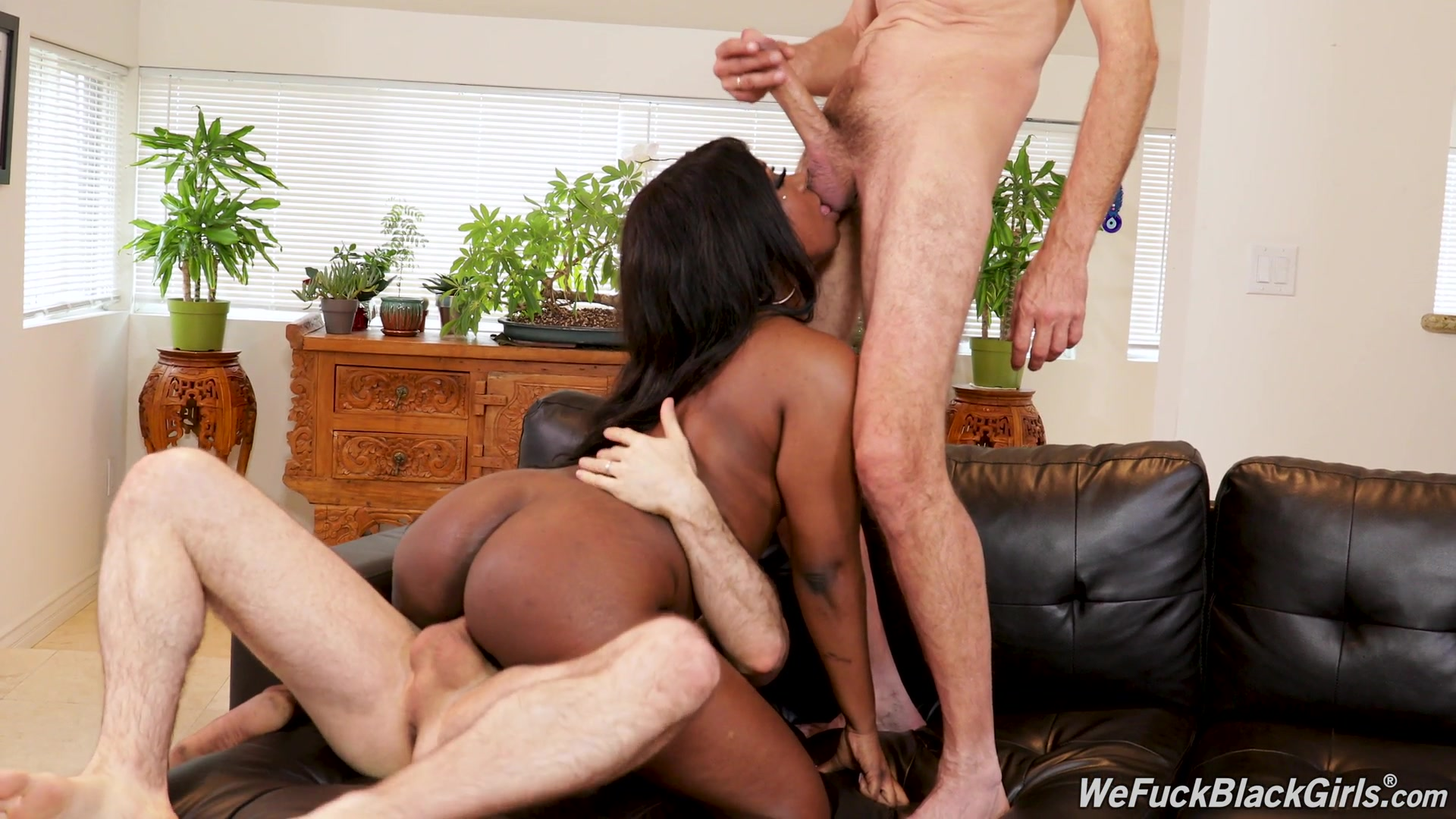 Sexy ebony loves the white meat in her tiny holes
