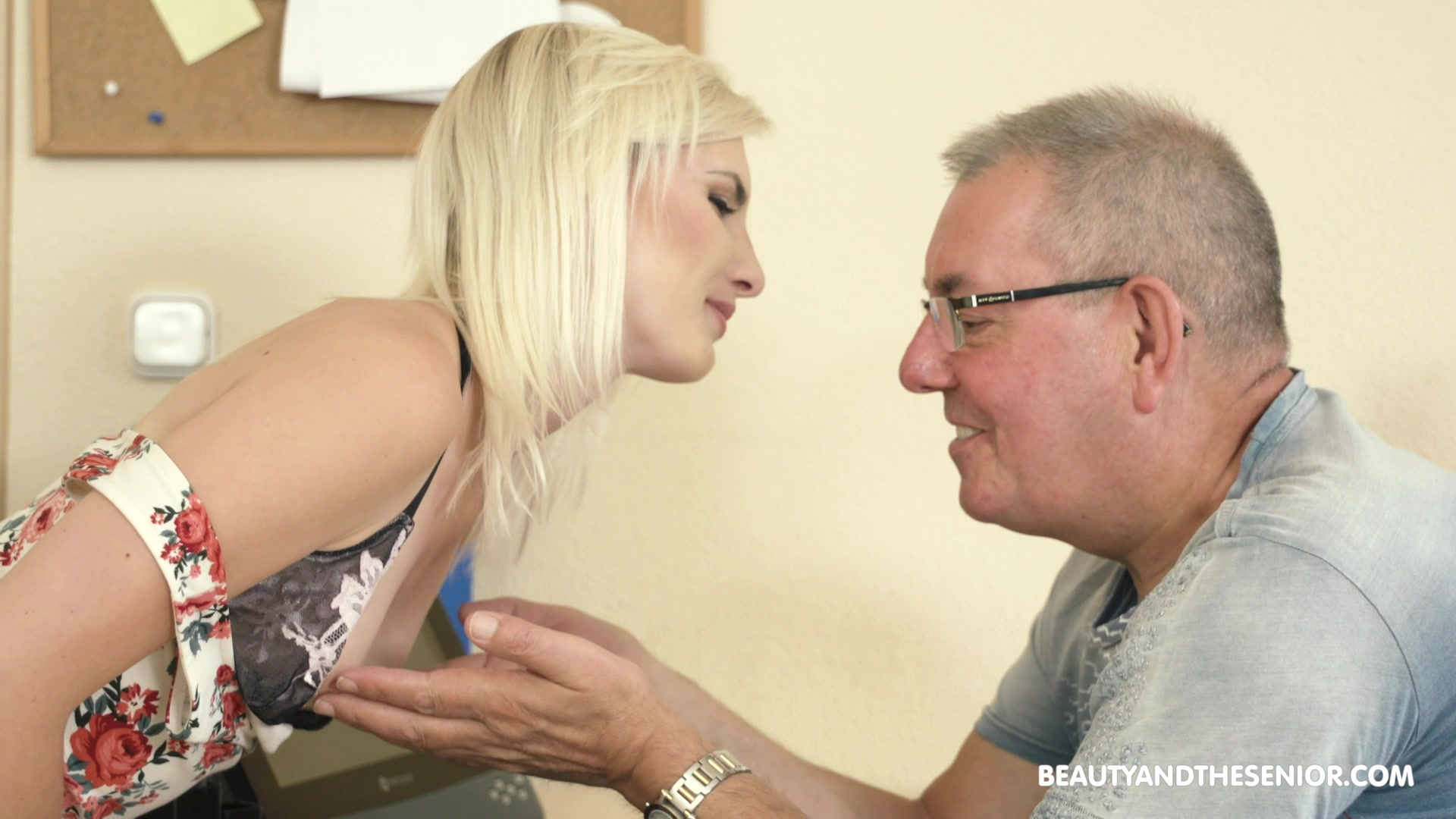 Slender pale natural blonde chick Tyna Gold seduces older man to ride his cock