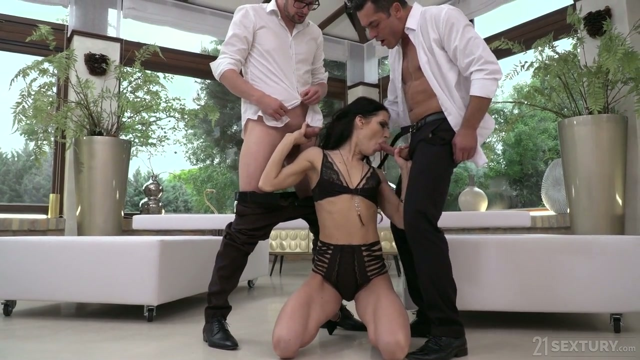 Professional hooker Allatra Hot gets double penetrated after a steamy blowjob session