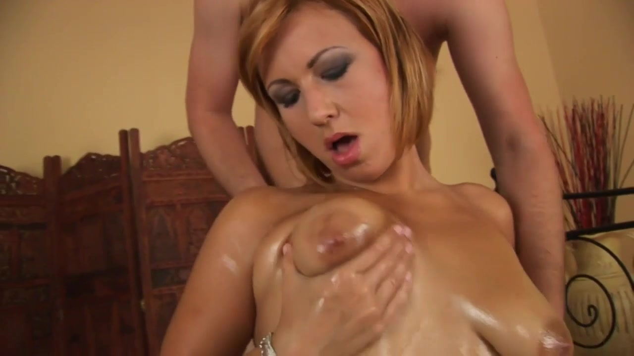 Oiled And Ready On Lovemaking - MILF hot sex