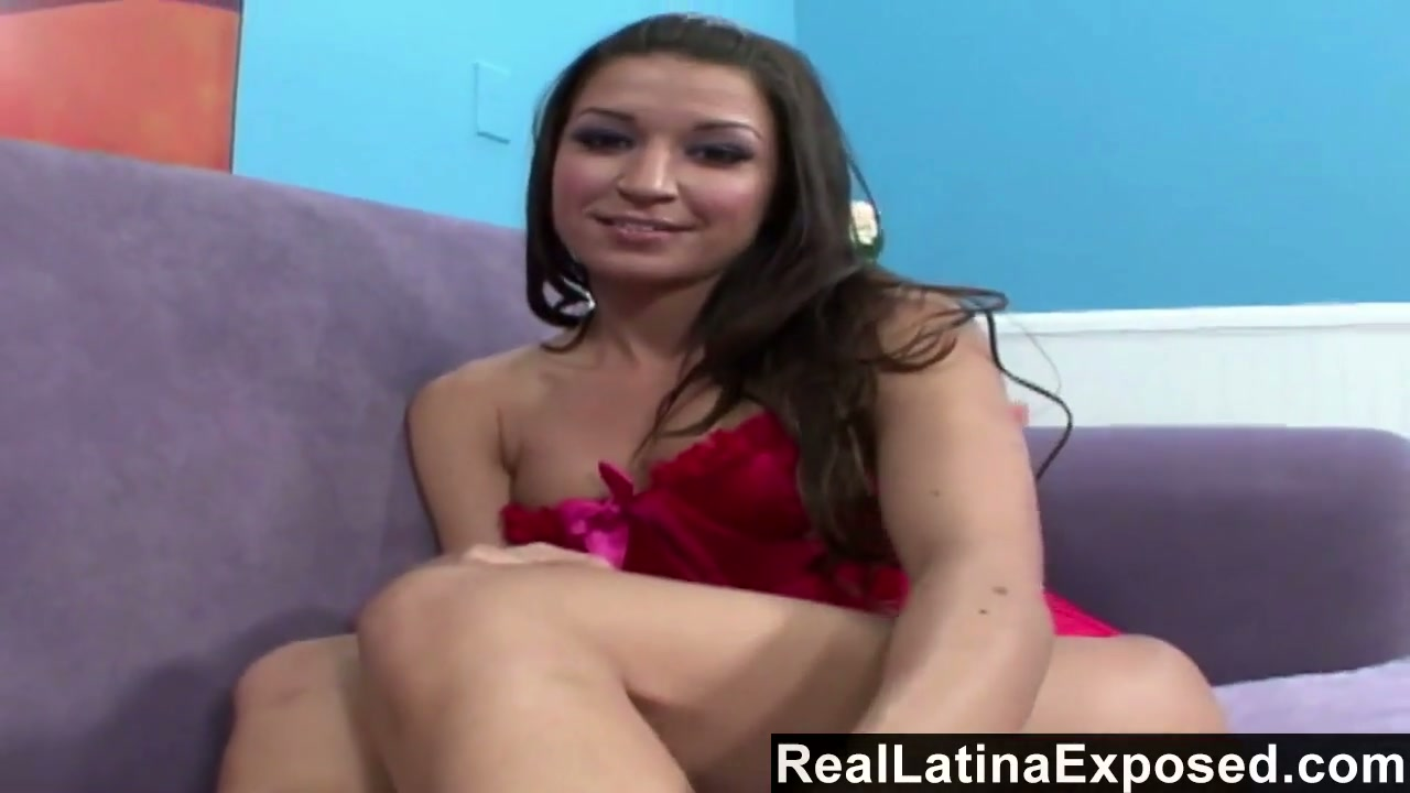 Lewd chick with sexy feet Ann Marie gets her pussy slammed